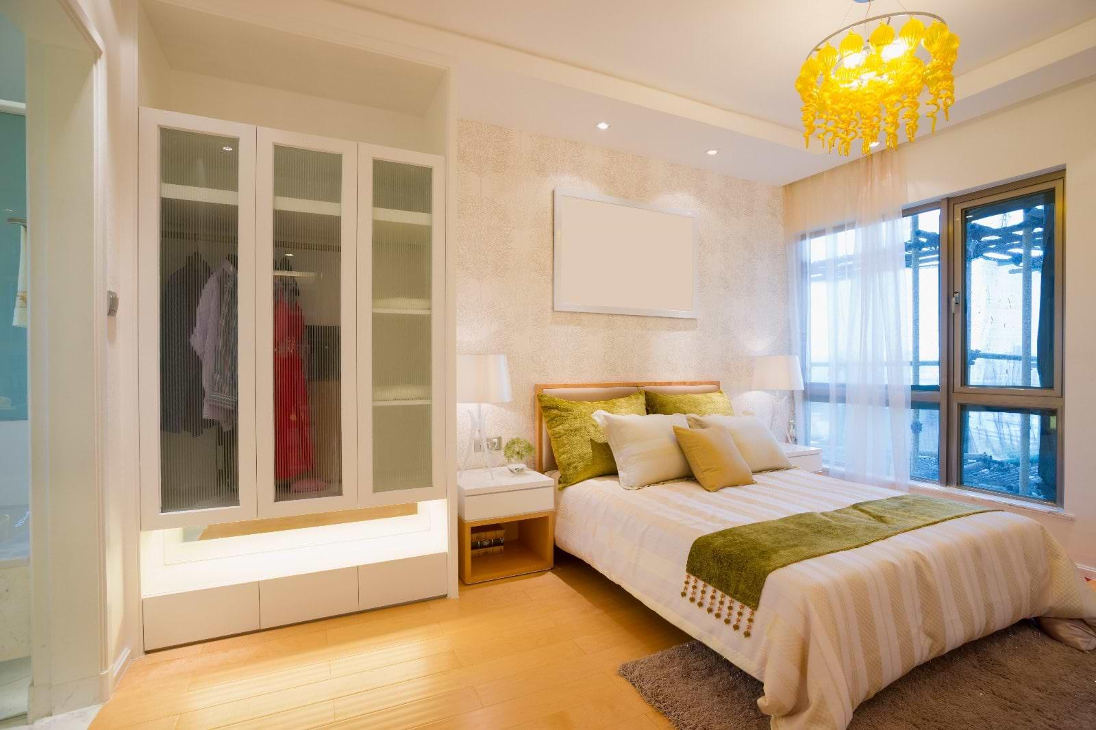 חדר שינה תוספת צבע צהוב